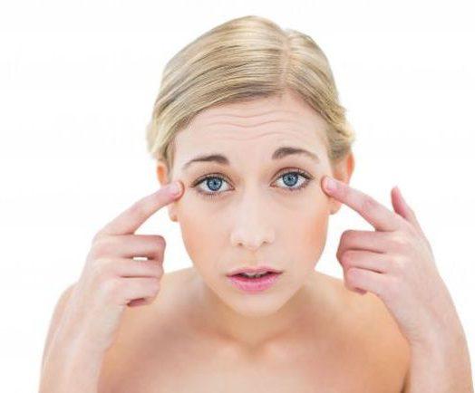 Jak sobie radzić z piekącymi i podrażnionymi oczami?